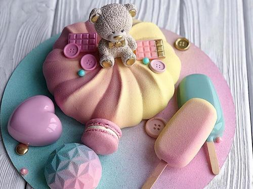 Воздушный зефирный торт ребенку на день рождения
