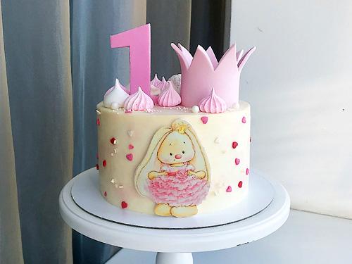 Торт для девочки с зайчиком на праздник