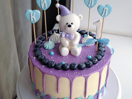 Бисквитный торт с мишкой на день рождение