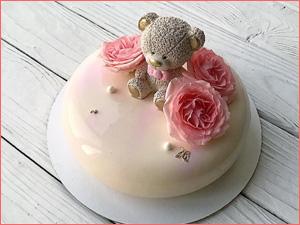 Вкусный муссовый торт девочки на день рождения